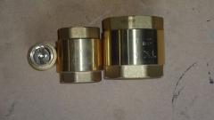 Клапан обратный латунный муфтовый Ру16